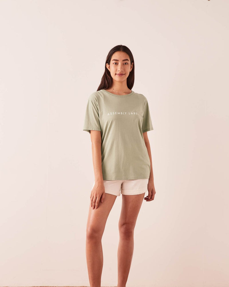 assembly label logo crew tee soft green