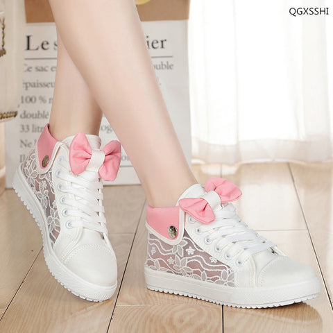 Hollow lace high top plimsolls for girls