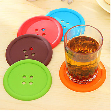 5 pcs/set Creative Household Supplies Round Silicone Coasters Cute Button Coasters Cup Mat(Random Color)