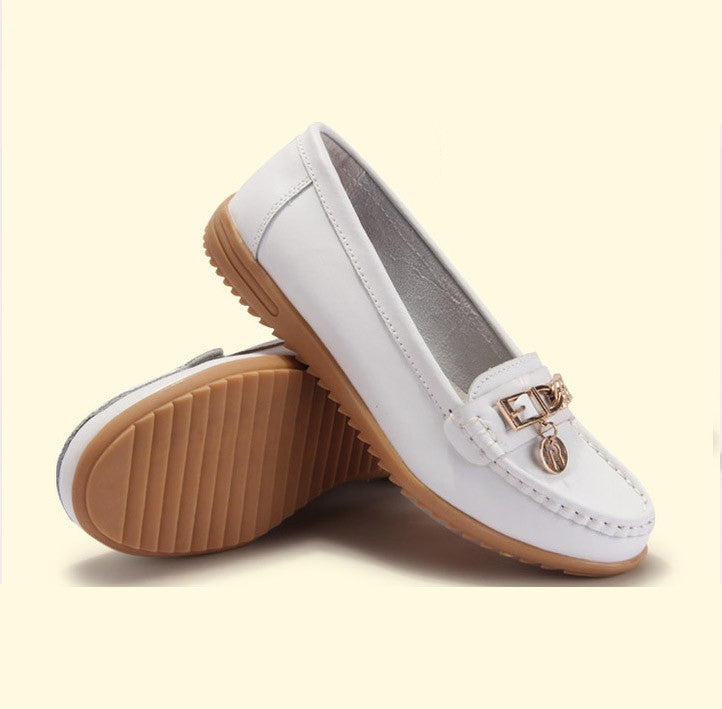 Women genuine leather flats woman flat fashion nurse shoes women's round toe flexible ballet shoes driving loafer