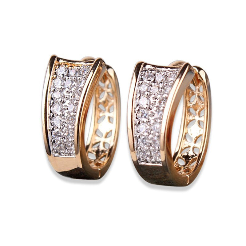 Fashion Hoop Huggie Earrings For Women Shining Stone Crystal Earings Brincos Trendy Jewelry Earing Ladies Party