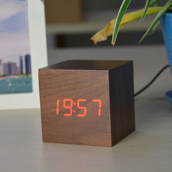 Antique office clock vintage Digital clock LED Retro table personalized brief art clock silent watch gift small electronic clock