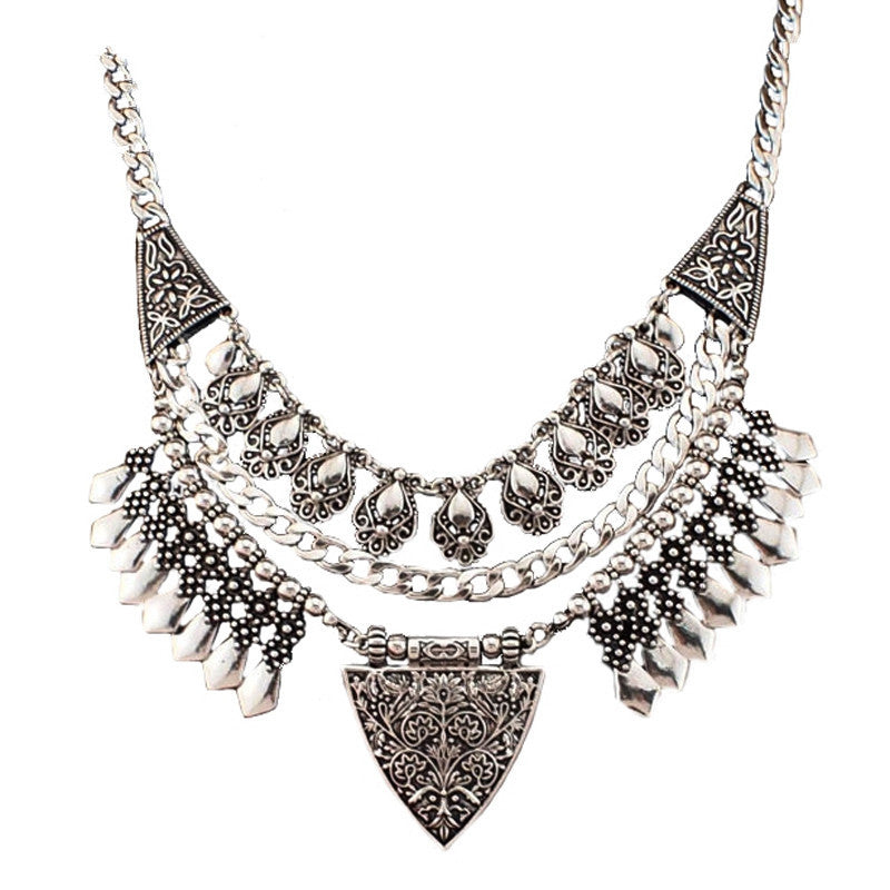 Bohemia Chic Design Fashion Necklaces For Women Vintage Carving Alloy Choker Statement Necklaces & Pendants Collares