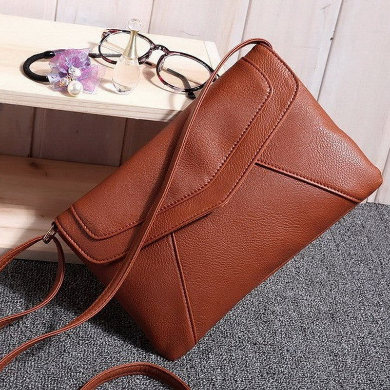 Casual Vintage Small Women Bags Leather Messenger Bag Retro Envelope Bag Handbag and Purse Sling Crossbody Shoulder Bag Thin
