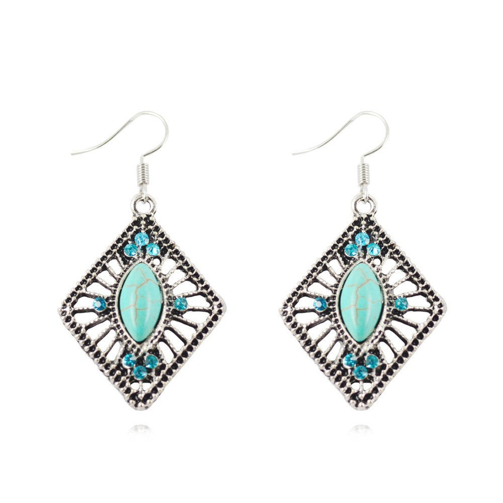 Charming Vintage Silver Plated Metal Turquoise Women's earring Festival Gifts Rhombic Pendant Hollow out Inlayed design