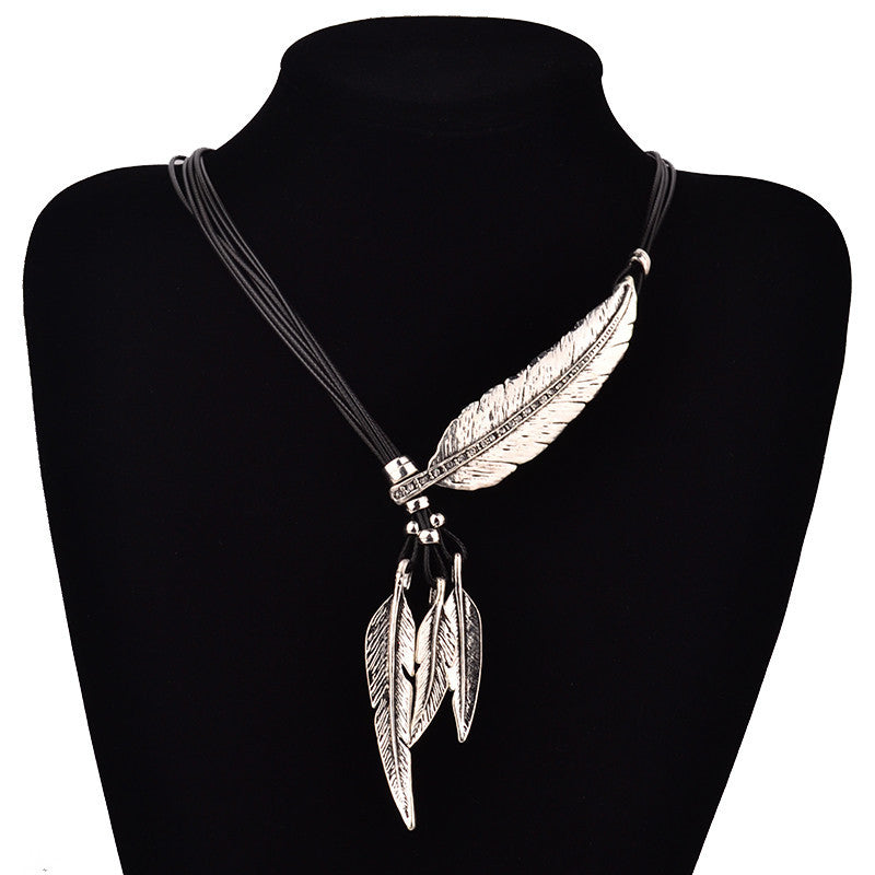 Fashion Bohemian Style Black Rope Chain Feather Pattern Pendant Necklace For Women Fine Jewelry Collares Statement Necklace