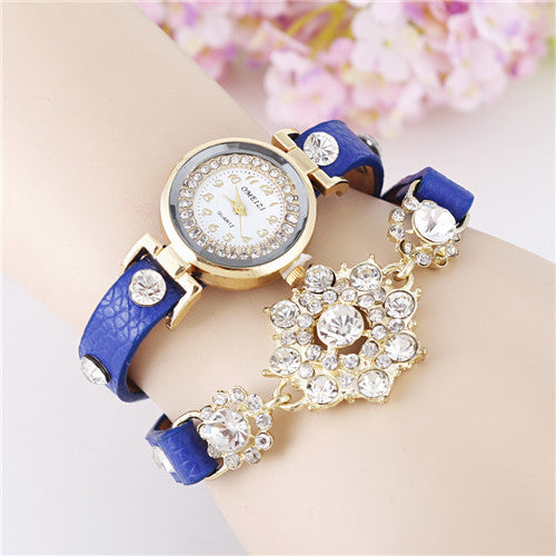 New European Fashion Exaggerated Sparkling Rhinestones Woman Decorative Dress Leather Bracelet Quartz Watch