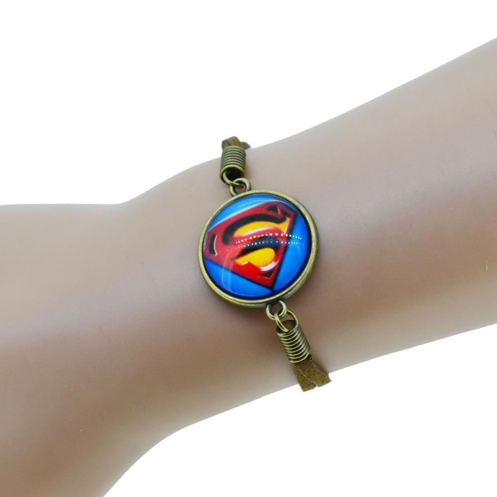 Hot Sale Justice League Series Suede Leather Heroes Bracelet Batman Superman Captain The Flash America Charms Creative Gifts