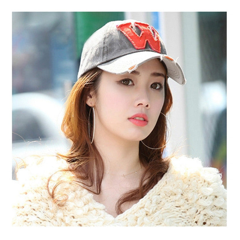 Hot Fashion Baseball Caps Summer& Autumn Casual Sports Caps Fashion Hats Women And Men Letter W Printed Snapback Hip-pop Adjustable Hats