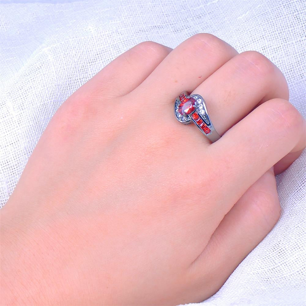 Female Red Oval Ring Fashion White & Black Gold Filled Jewelry ...