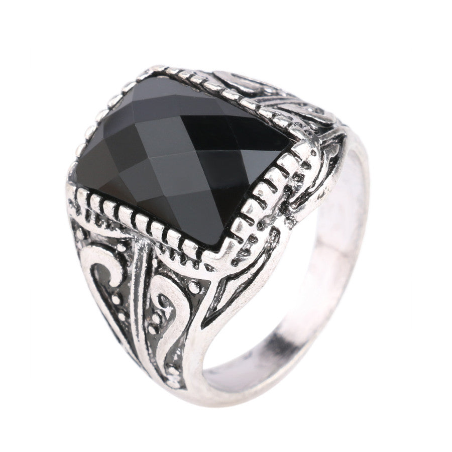 Luxury Men Black Punk Ring Engagement Vintage Jewelry Silver Plated Resin King Momentum Quality Assurance