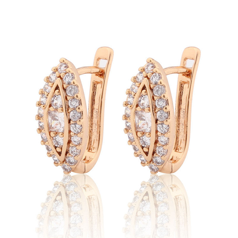 New Design Luxury Small Hoop Earring Hot Fashion Nuevos Anillos White Crystal CZ Statement Earing Jewelry for Women