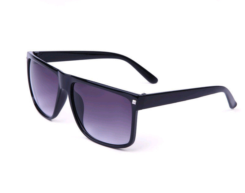 Men's Sunglasses Hot Oculos Vintage Rivet Sun glasses Women Brand Designer Sports Coating Eyewear Frames High Quality