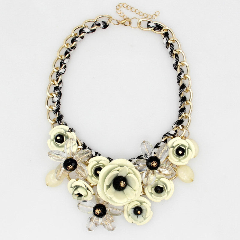 women new in top necklace sell resin spray gold flower bib jewelry crystal paint fashion beads item necklaces statement rhinestone metal spring design chain rhinestones choker maxi manilai from accessories