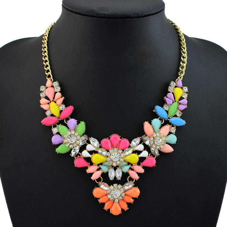 New design high quality jewelry fashion women color acrylic statement collar necklace Necklaces & Pendants