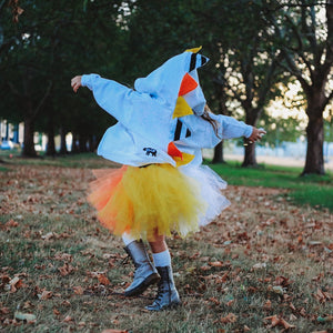 candy-corn-outfit-for-kids-girl-dancing
