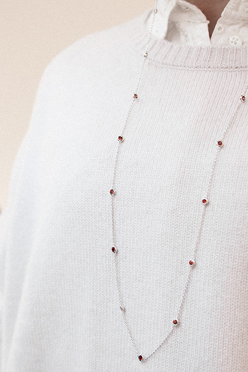 Anna Necklace with Garnet by Charlotte Bonde STHLM