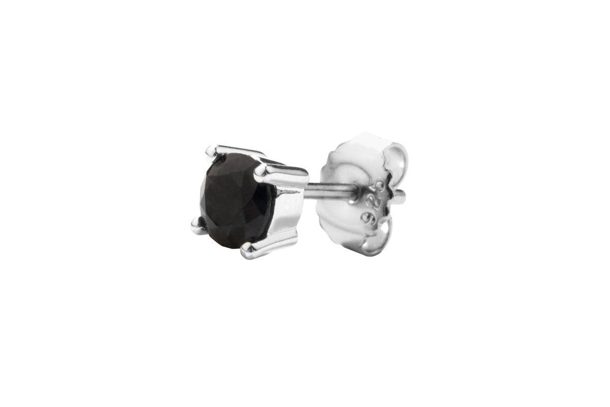 Irma Solitaire Studs Obsidian - Charlotte Bonde