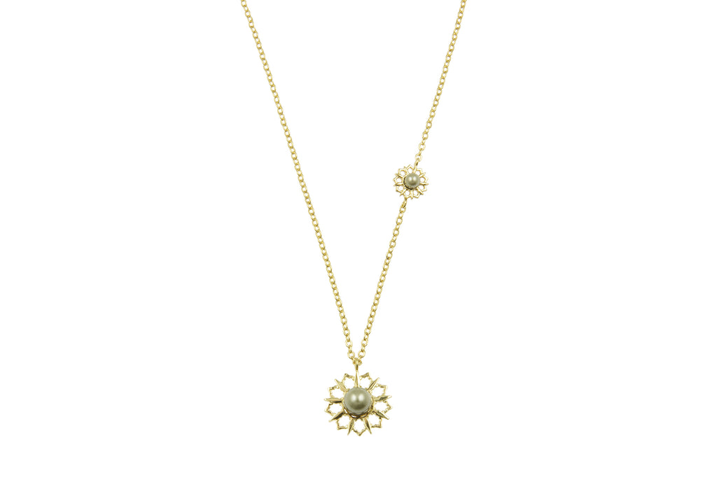 Louise Star Vanity Necklace Green Pearl - Charlotte Bonde