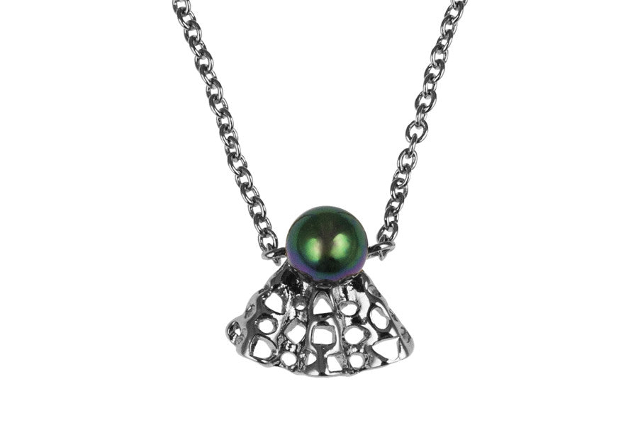 Louise Ribbon Petite Necklace Black Pearl - Charlotte Bonde