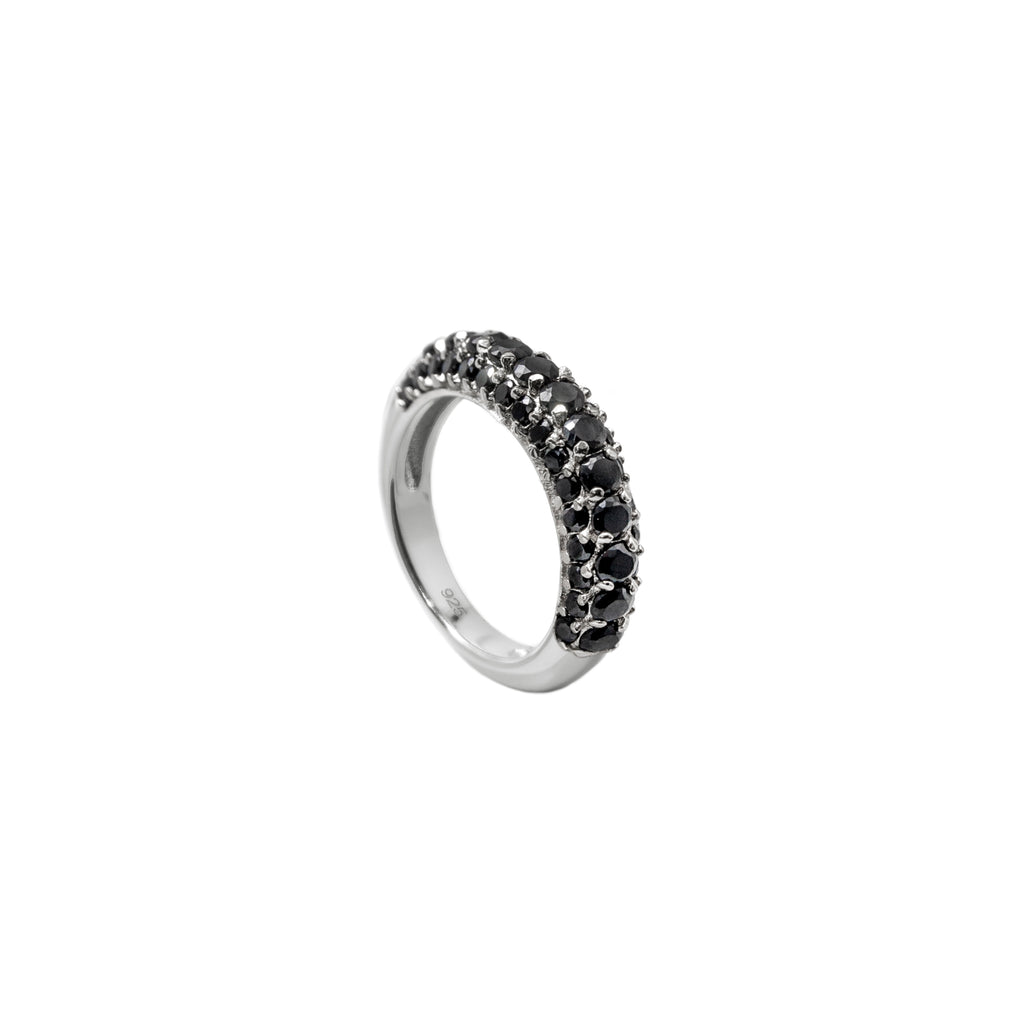Timeless Chunky Ring Black Spinel - Charlotte Bonde