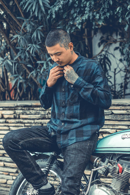 Black & Blue Flannel - Overshirt For Overcast Weather