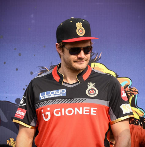 Shane Watson Rocking the Haul RCB Hat
