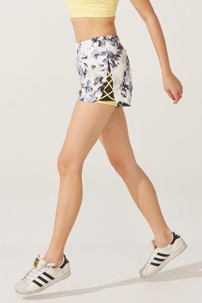 Lacey Power Short in Flow Print