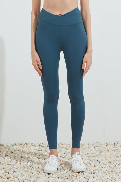 Purpose Legging in Storm