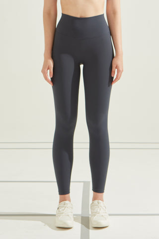 Butter-Soft Legging in Navy