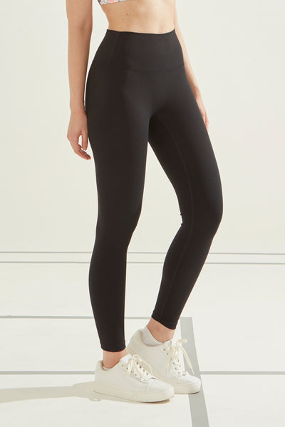Butter-Soft Legging in Black