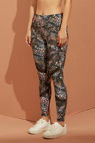 Trix Mesh Legging in Dark Floral