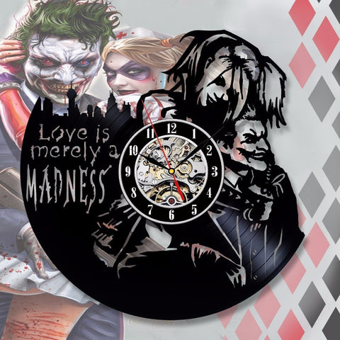 Harley Quinn & Joker Love 3D Clock