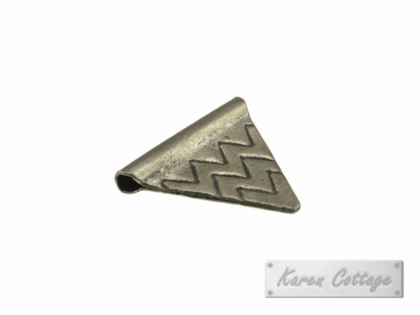 Karen Hill Tribe Silver Tribal Triangle Flag Bead : B44-111