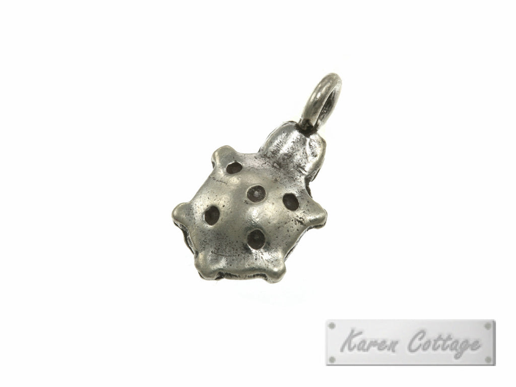 Karen Hill Tribe Silver Young Turtle Charm : C22-111