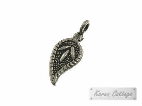 Karen Hill Tribe Silver Lilly Flower DewDrop Charm : C44-111