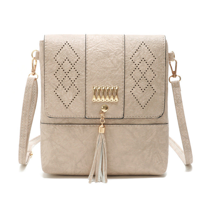 Gykaeo 2019 Spring Luxury Handbags Women Bags Designer Hollow Out Small Shoulder Bag Ladies Casual Flap Tassel Messenger Bags
