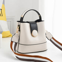 Women's bag 2020 spring and summer new Korean fashion handbag cool shoulder messenger bag  shoulder bag