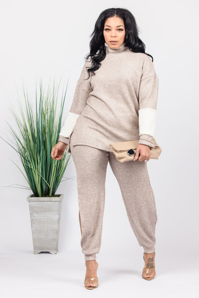Split Screen Jogger Set - Beige
