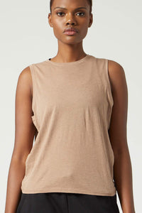 Maggie Muscle Tee Camel