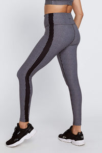 Harper Leggings Black And White Stripe