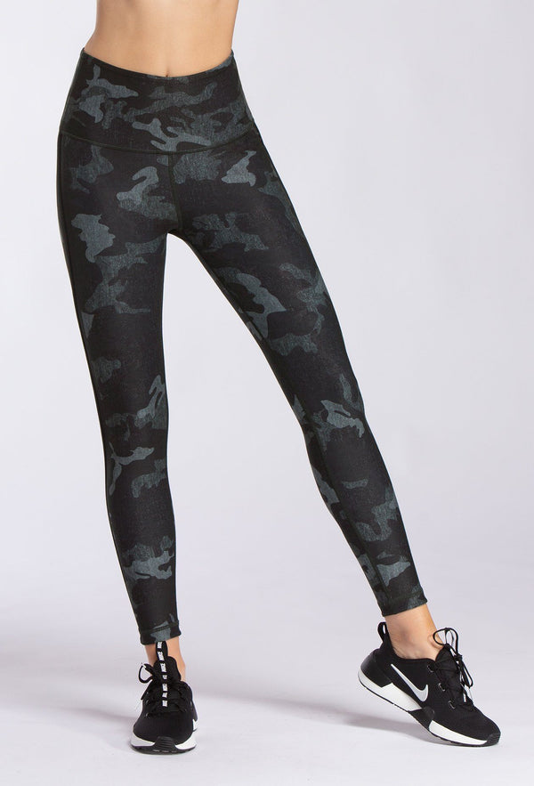 BLACK HEATHER CAMO