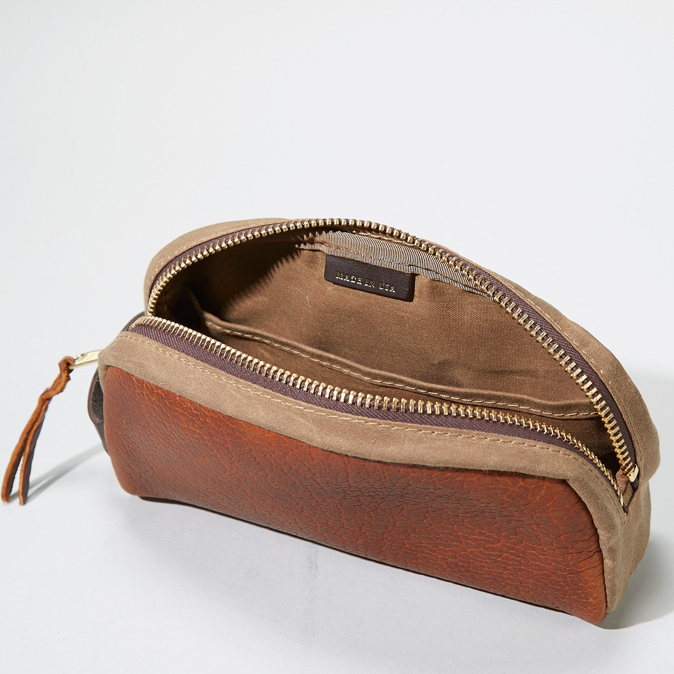 Bison Redwood Dopp Kit #522, Black