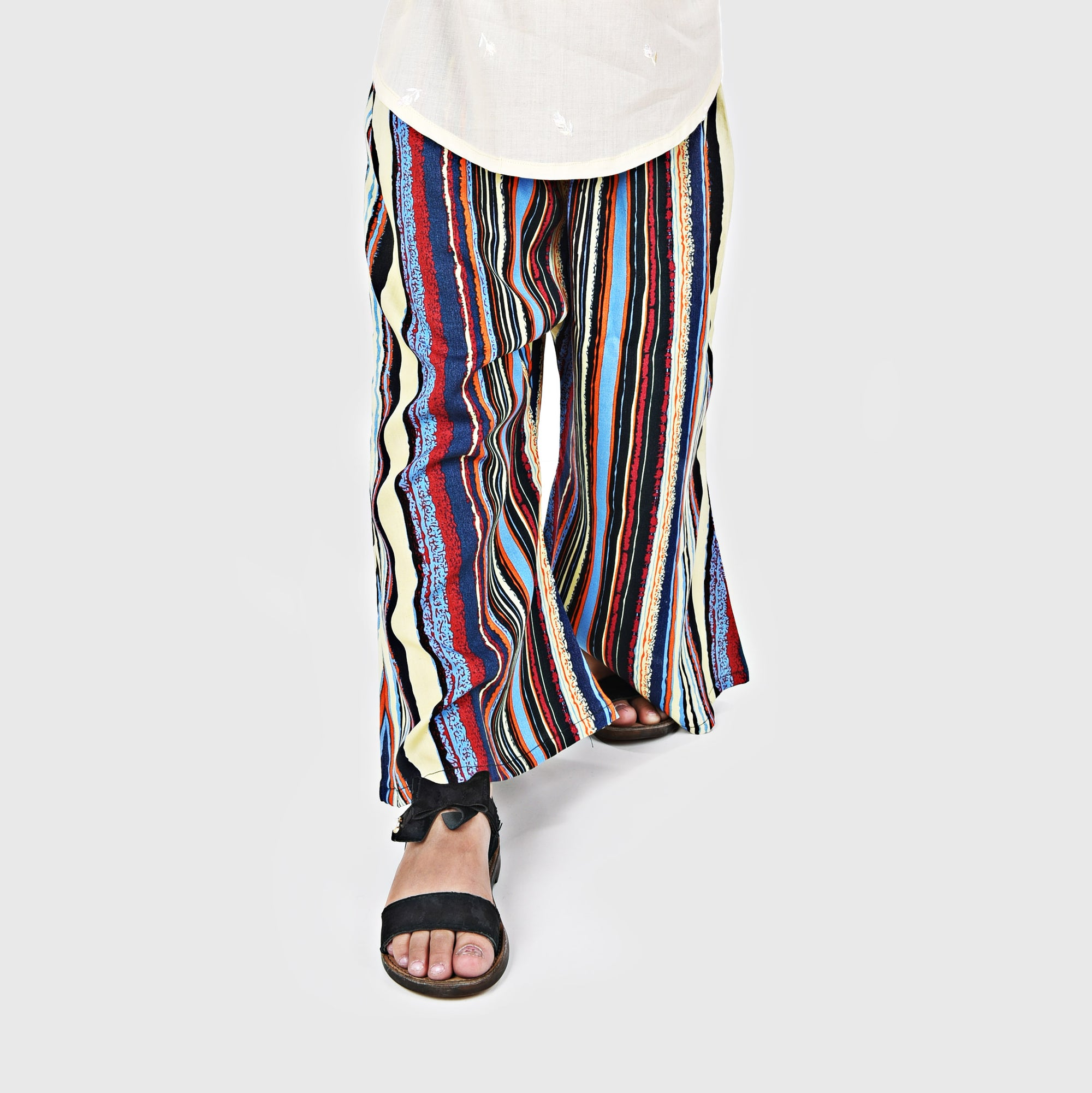 STRIPED HUES LINEN FLARED TROUSER