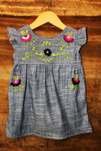 Traditional Oaxaca Tunic in Chambray - Flower Detail - Past Traditional