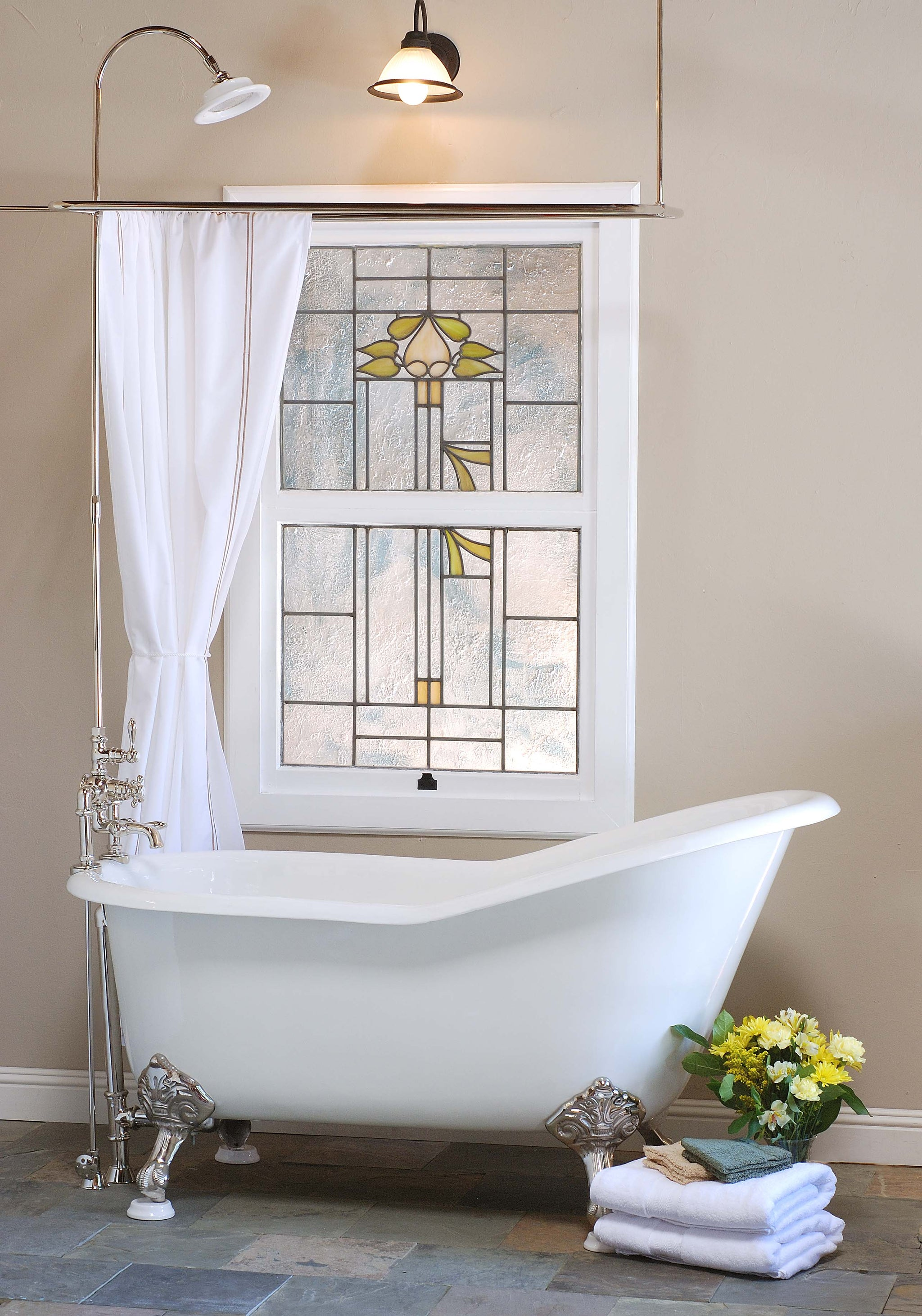 Benefits of a Clawfoot Bathtub