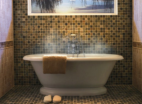 Choosing the Right Bathtub - Rustic Sinks