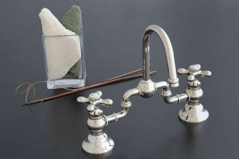 Gooseneck Adjustable Centers Bridge Faucet