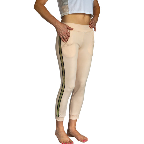 Gold Stripe Cropped Jogger (peach) with open front pockets, fit for barre and beyond.