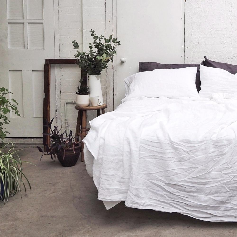 ... White Linen Fitted Sheet